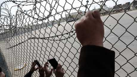 معبر رفح البري بين مصر وفلسطين