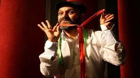 الممثل زياد عيتاني المتهم بالتعامل مع الموساد الإسرائيلي