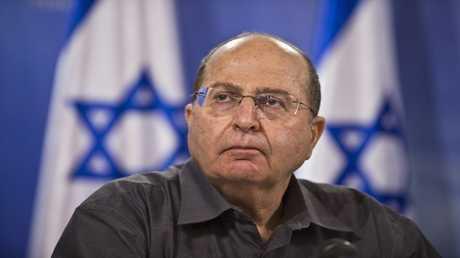 وزير الدفاع الإسرائيلي موشيه يعلون