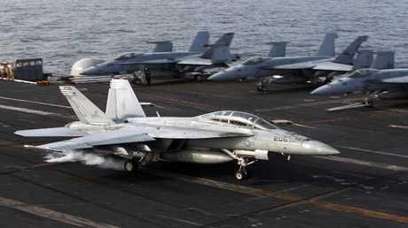 حاملة الطائرات الأمريكية جورج بوش - أرشيف