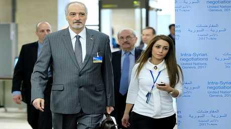 رئيس الوفد الحكومي السري بشار الجعفري يصل إلى مفاوضات جنيف (سبتمبر 2017).