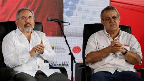إيولوخيو ديل بينو (اليمين) ونيلسون مارتينيز