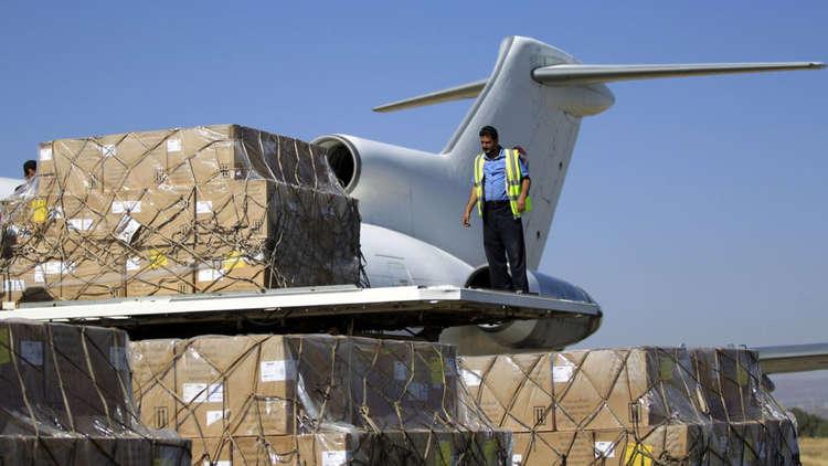 التحالف العربي يبدأ في تشغيل مطار الغيظة شرق اليمن لاستقبال المساعدات الإغاثية