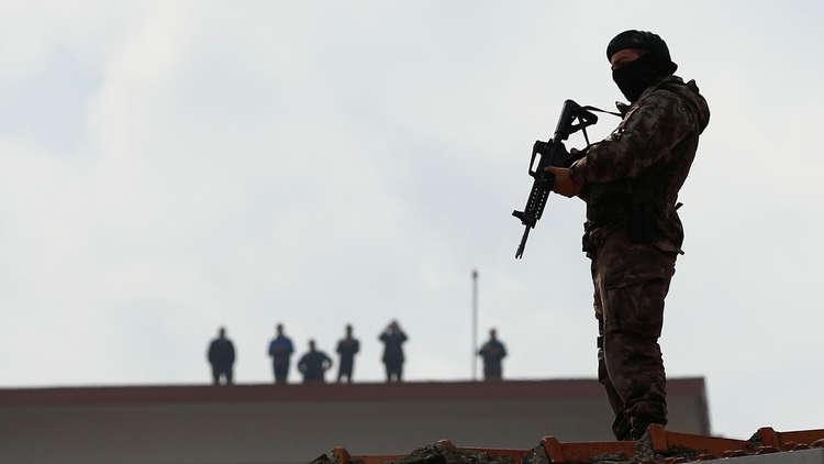 السلطات التركية تحتجز 62 أجنبيا للاشتباه بصلاتهم مع