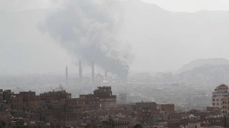 صنعاء.. الحوثيون يعلنون السيطرة على الحي السياسي وقوات صالح تؤكد سيطرتها على المؤسسات