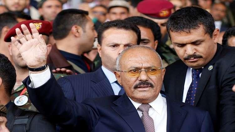 وسائل إعلام حوثية تبث صورا ومقاطع فيديو تظهر جثة تقول إنها لعلي عبد الله صالح
