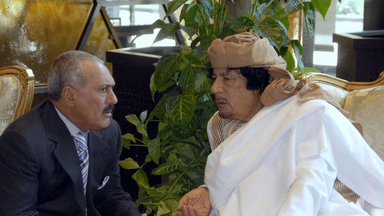 صحيفة سعودية: هذا ما يجمع صالح بالقذافي وسنحان بسرت!