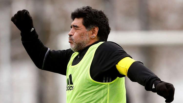 إيقاف مارادونا  4 مباريات