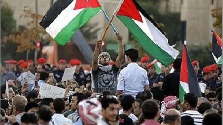 وزير الاستخبارات الإسرائيلي يحذر الفلسطينيين من تنظيم احتجاجات