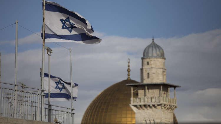 العرب.. بين مواجهة إيران بمساعدة تل أبيب ومعاداة إسرائيل