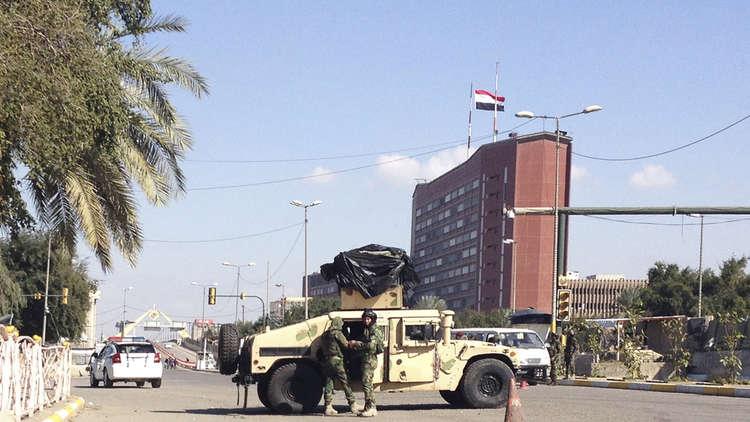 السفارة الأمريكية في بغداد تقيد حركة موظفيها داخل المنطقة الخضراء