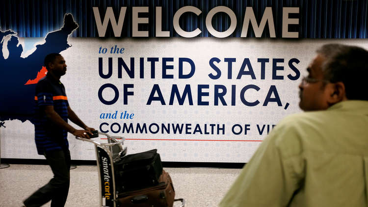 واشنطن تبدأ التنفيذ الكامل لأمر حظر سفر مواطني 6 دول مسلمة
