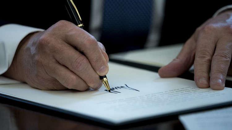 مسؤول: ترامب وافق على فرض عقوبات جديدة ضد روسيا