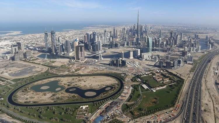 دبي تعتمد موازنة قياسية للعام 2018