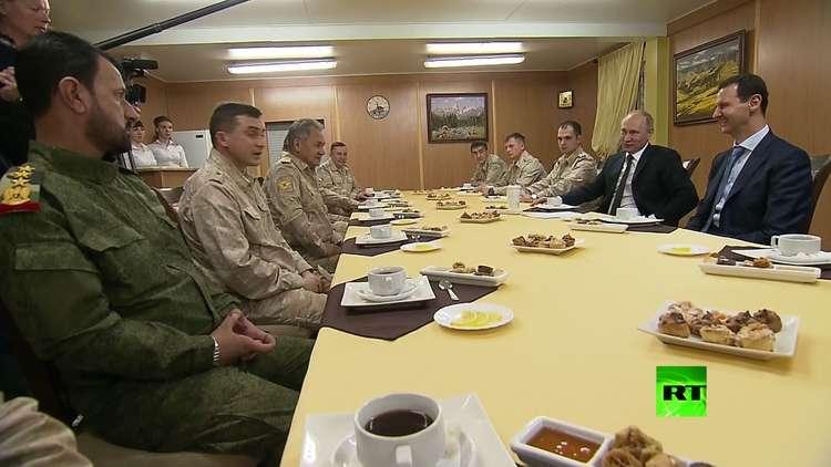 بوتين في جلسة شاي مع الأسد وشويغو في حميميم