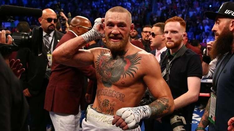 رئيس (UFC) يحذر باكياو من مواجهة ماكغريغور