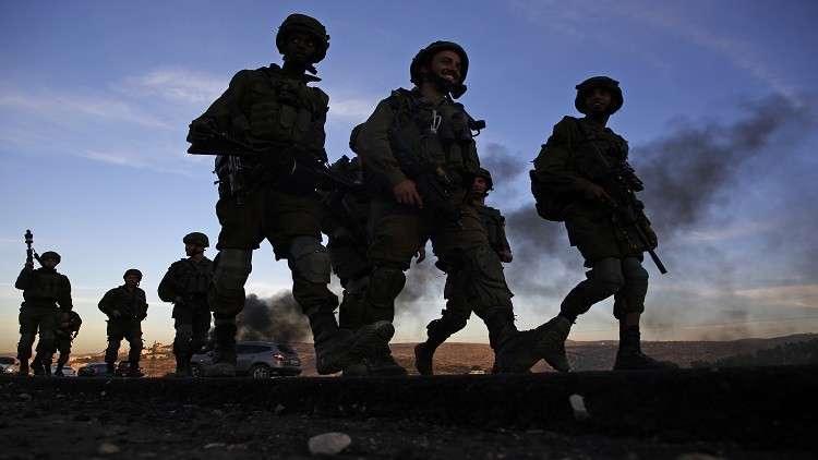 اعتقال 20 ضابطا إسرائيليا بتهمة السرقة