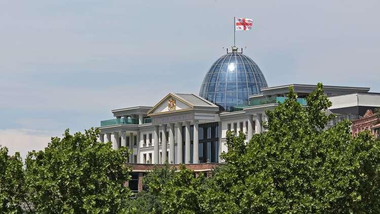 برلماني جورجي يعلن صراحة أنه مع إسرائيل ضد بلاده