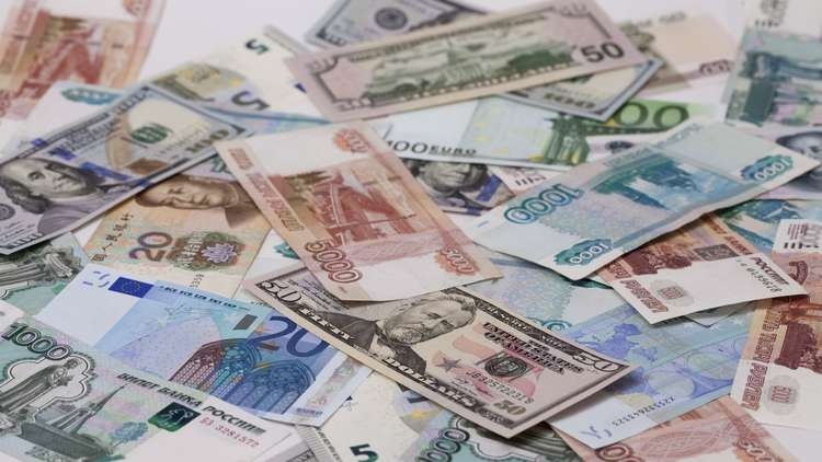 هل تنقذ العملة الصينية الروبل من ضربة أمريكية قاسية جدا؟