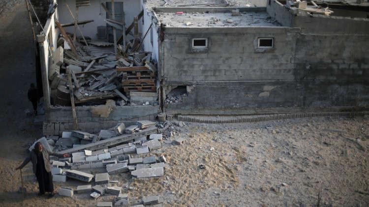 إسرائيل تقصف 3 مواقع لحماس في غزة