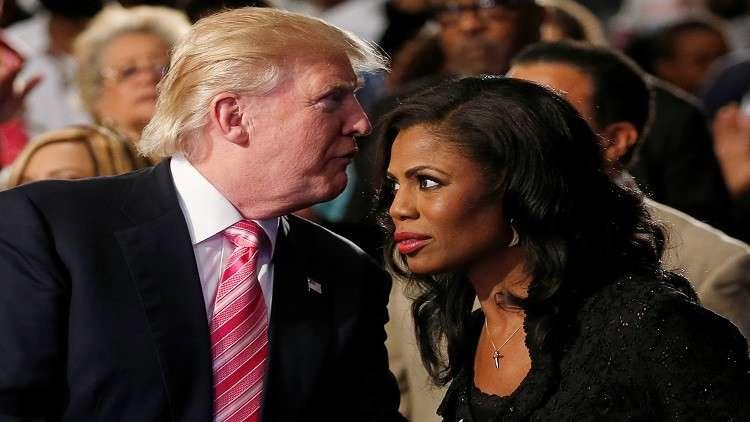 طرد مساعدة ترامب المقالة من البيت الأبيض بعد محاولتها دخول شقة الرئيس