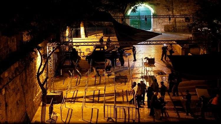 فيديو.. القوات الإسرائيلية تعتدي بوحشية على المعتصمين في باب العامود بالقدس