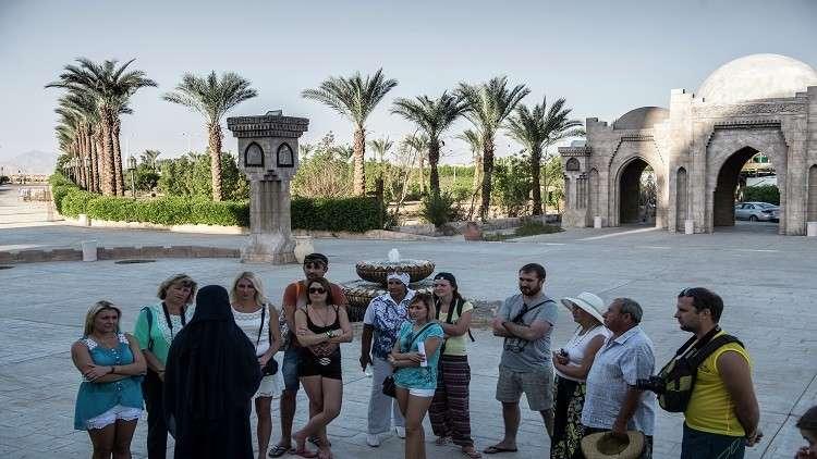 مصر تعتزم سحب السياح الروس من تركيا