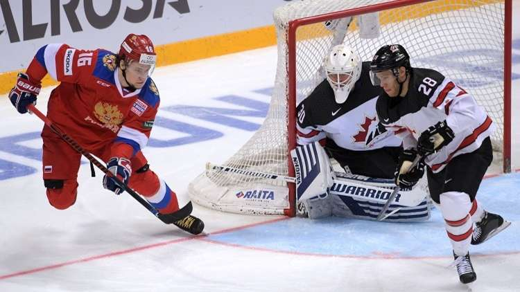 روسيا تفك عقدة كندا بالهوكي