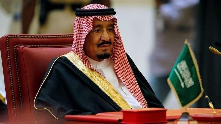 السعودية تعتزم الرد على إهانة الملك سلمان من قبل مشجعين في الجزائر (بالصور)