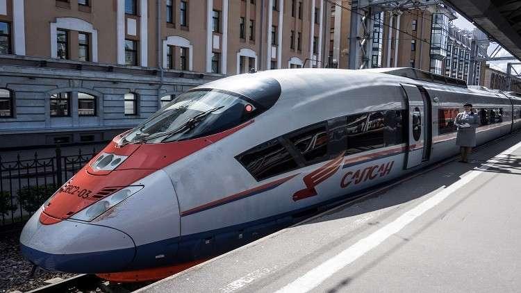 موسكو تبدأ بتنفيذ مشروع كهربة خط سكك حديد في إيران