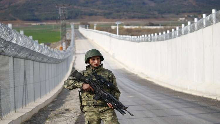 جدار فاصل بين تركيا وسوريا في الربيع 2018