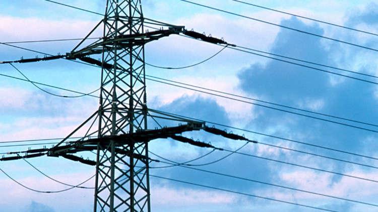 مصر تعلن عن موعد إطلاق مشروع الربط الكهربائي مع السعودية