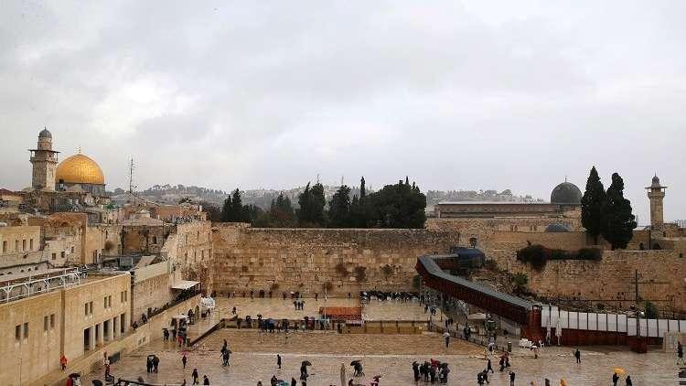 رغم التوتر القائم.. تل أبيب تفتتح كنيسا جديدا تحت المسجد الأقصى (صور)