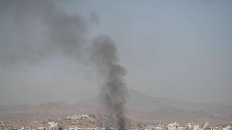 مصدر حكومي يمني: غارة للتحالف تقتل مدنيين عن طريق الخطأ في شبوة