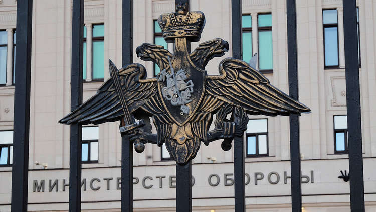 الدفاع الروسية تنفي صحة الأنباء عن استهداف قواتها الجوية قرية معرشورين بريف إدلب