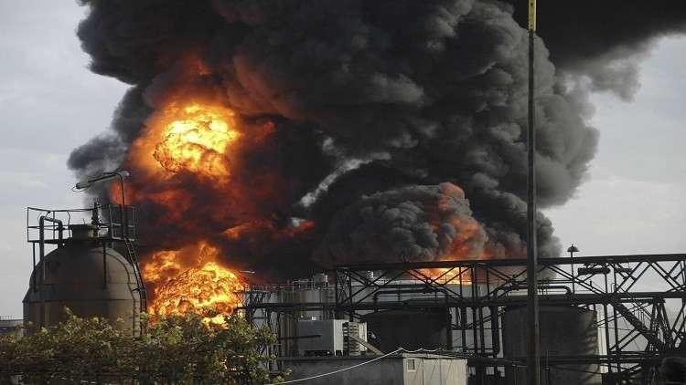 حريق يلتهم أجزاء من مصفاة حمص السورية