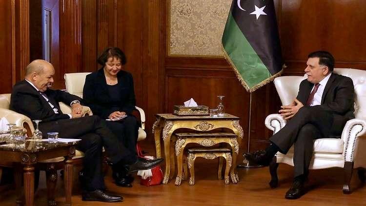 باريس تدعو إلى إجراء انتخابات في ليبيا