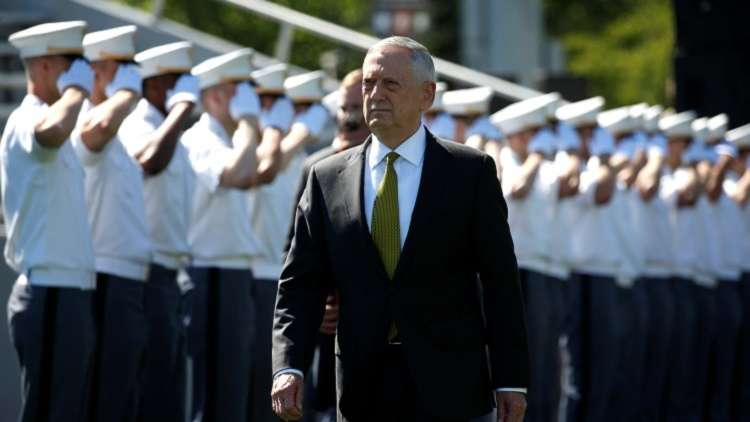 وزير الدفاع الأمريكي يحتفل بأعياد الميلاد في غوانتانامو!
