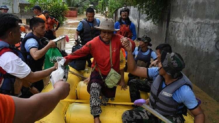 الأمطار تتسبب بمصرع 90 شخصا في الفلبين