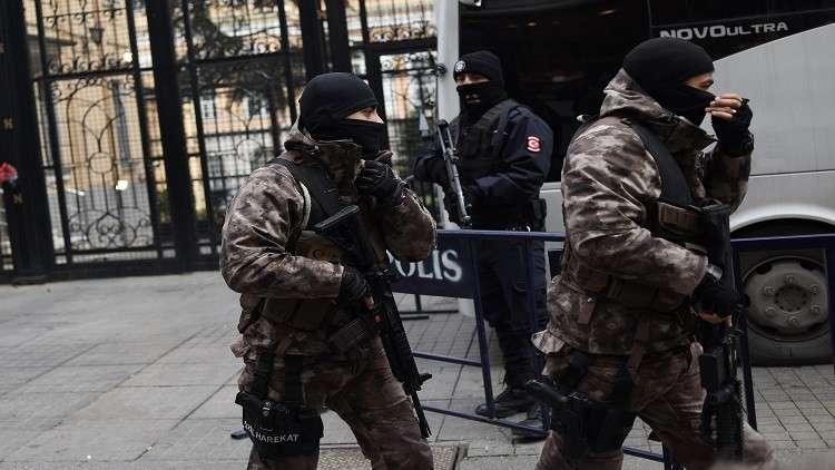 توقيف أكثر من 100 شخص في تركيا