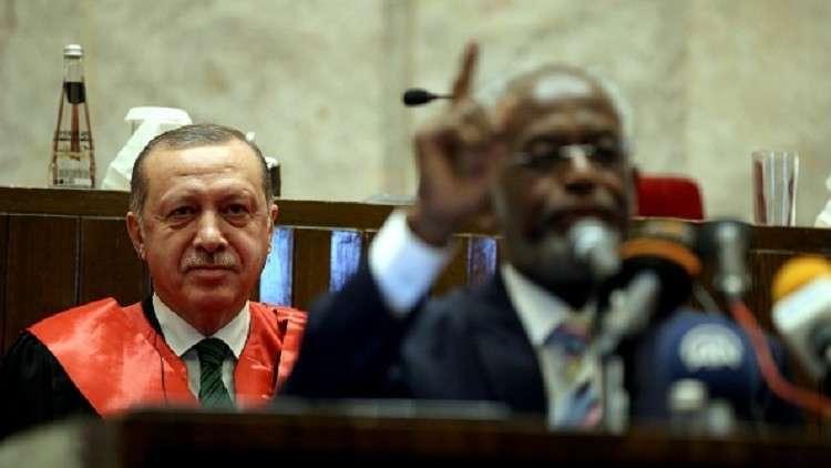 أردوغان: طلبنا جزيرة سواكن لوقت معين والبشير قال: نعم!