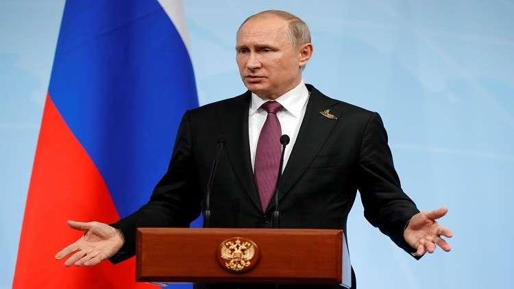 بوتين يشيد بعمل الحكومة والمصرف المركزي