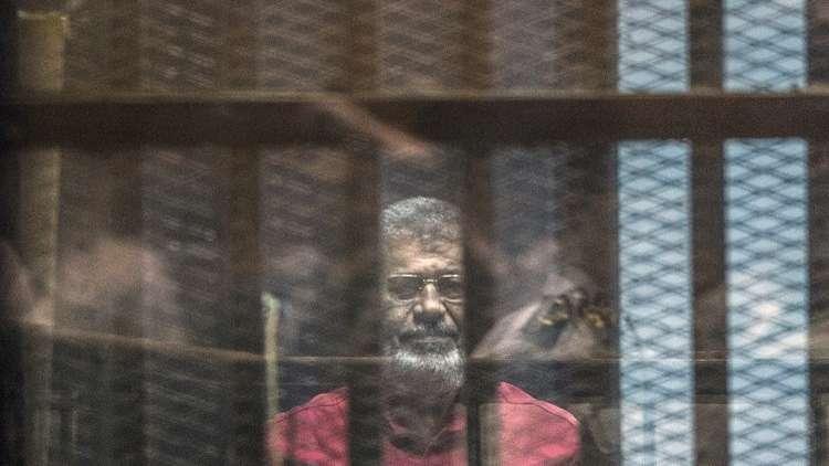 3 سنوات سجن لمرسي في قضية