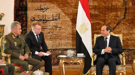 عبد الفتاح السيسي يستقبل وزير الدفاع الروسي سيرغي شويغو