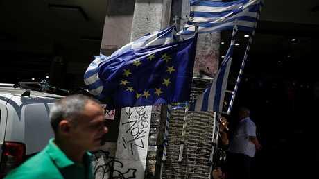 اتفاق أولي بين اليونان والمقرضين بشأن حزمة إصلاحات جديدة