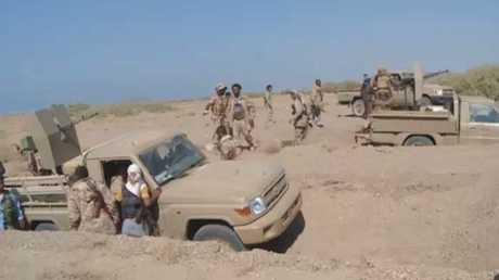 قوات هادي تسيطر على مدينة الخوخة