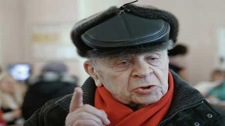 ممثل السينما والمسرح المعروف ليونيد برونيفوي