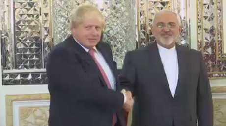 جونسون يؤكد التزام لندن بالاتفاق النووي