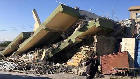 آثار الهزة الأرضية التي ضربت العراق وإيران وتركيا - أرشيف