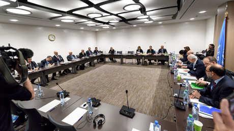 اجتماع بين ستيفان دي ميستورا ووفد الحكومة السورية في جنيف